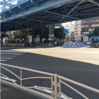 桜木町一丁目の交差点