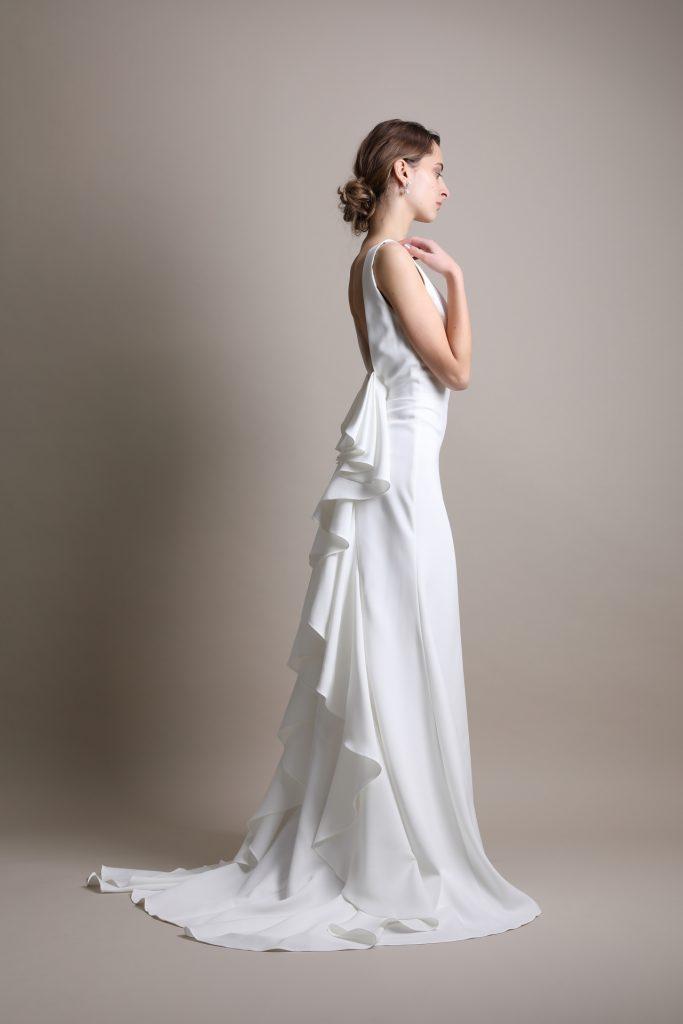 ウェディングドレス 人気 購入」