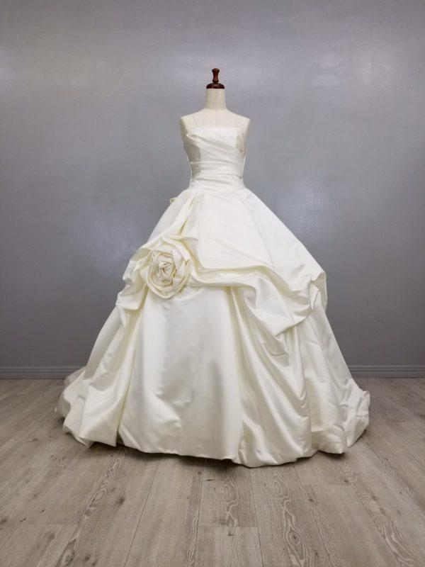 ウェディングドレス 購入 安い