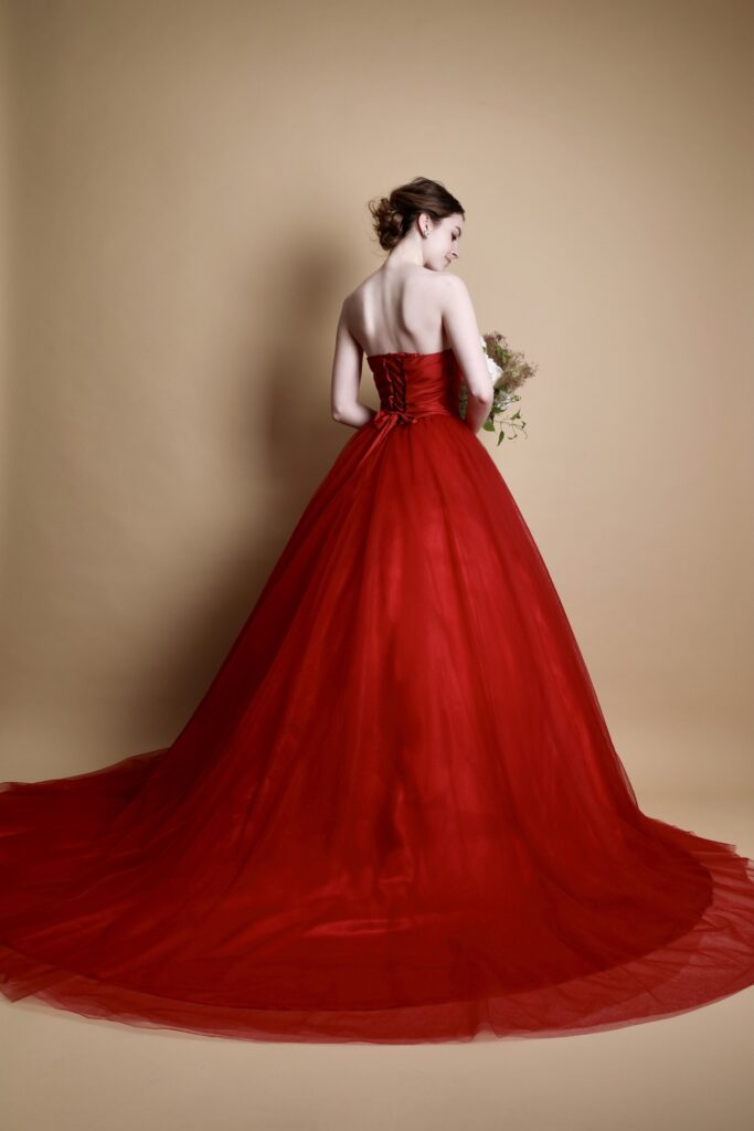 色ドレス赤